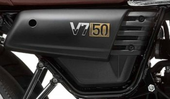 Moto Guzzi V7 III Aniversario 2017 lleno