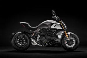 Ficha técnica de la moto Ducati Diavel 1260 S