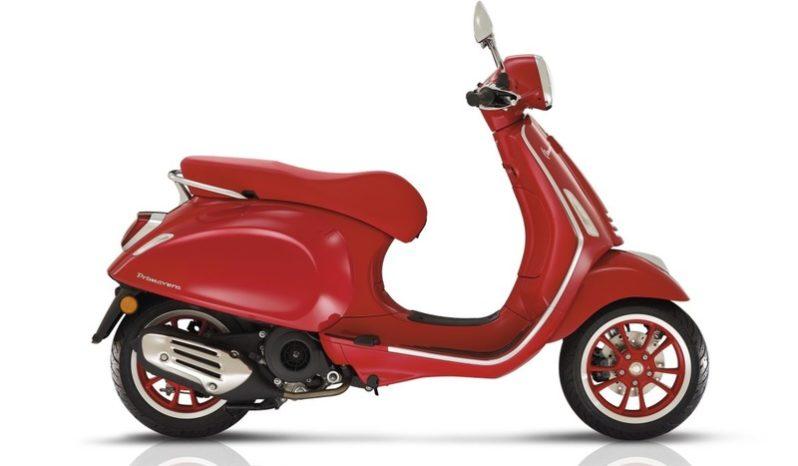 Ficha técnica de la moto Vespa 946 Red