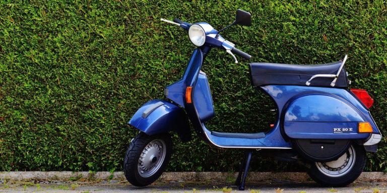Distintivos ambientales de la DGT para las motos