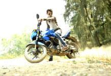 Me pueden multar por llevar chanclas en la moto