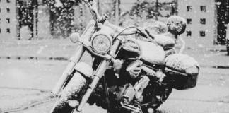 Consejos para guardar tu moto en invierno