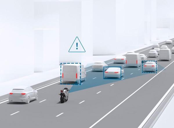 Sistema de aviso de colisión frontal en motos
