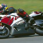 Yamaha YZF-R7 OW02
