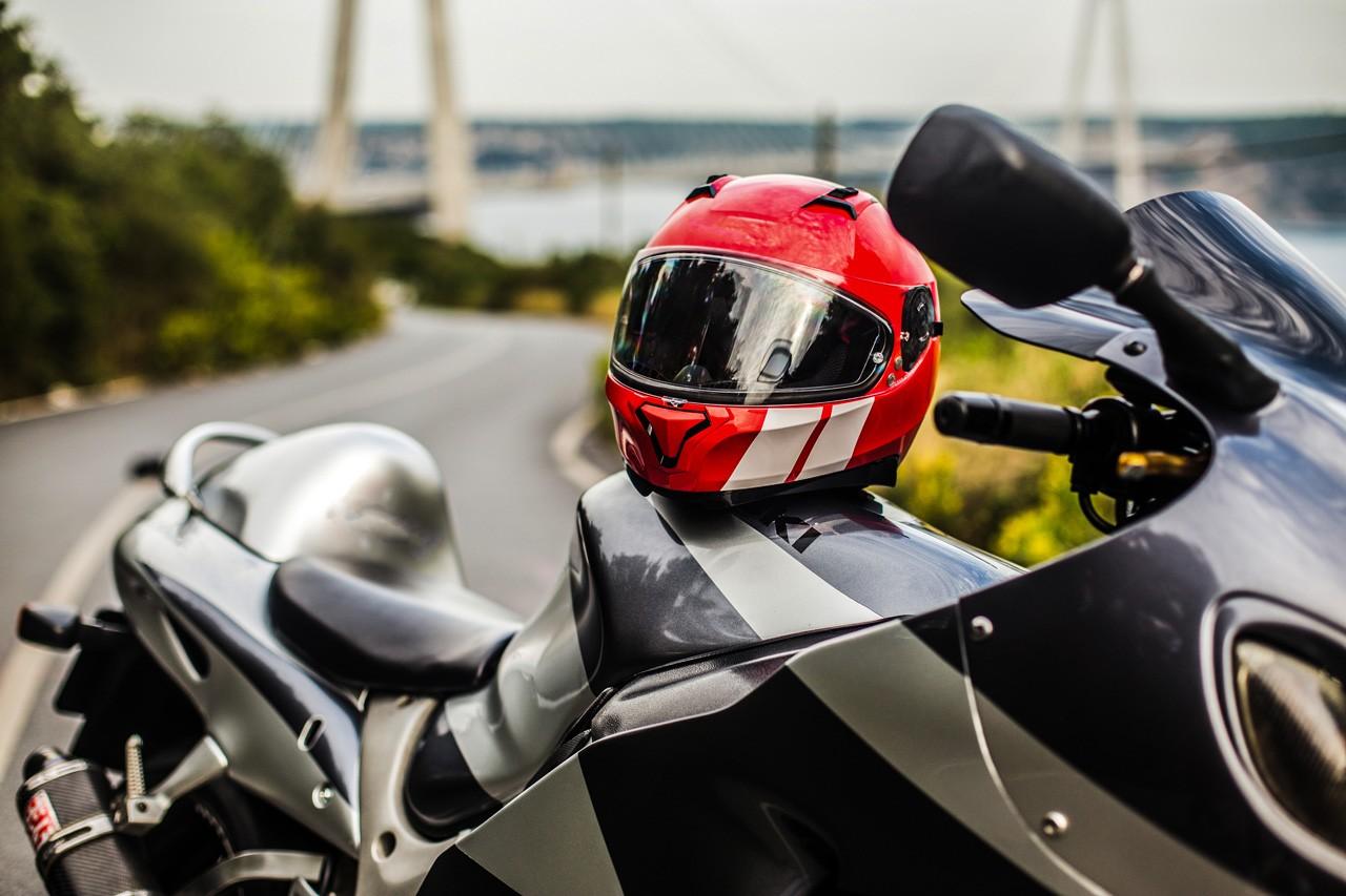 Guía completa para comprar ropa de moto: El Casco